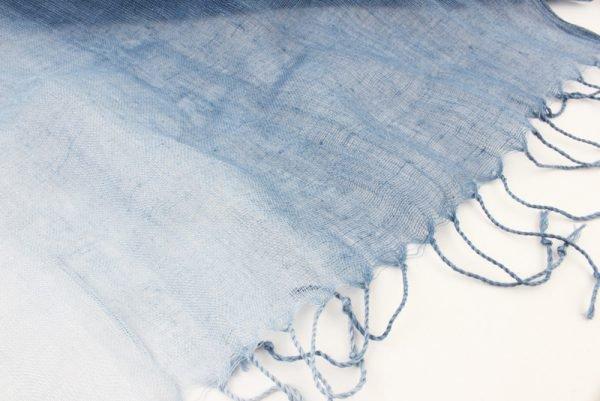 """Sjaal """"Olema"""" blauw -"""