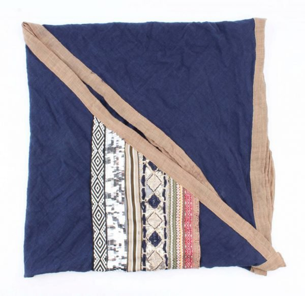 """Driehoek sjaal """"Borduursel"""" blauw -"""