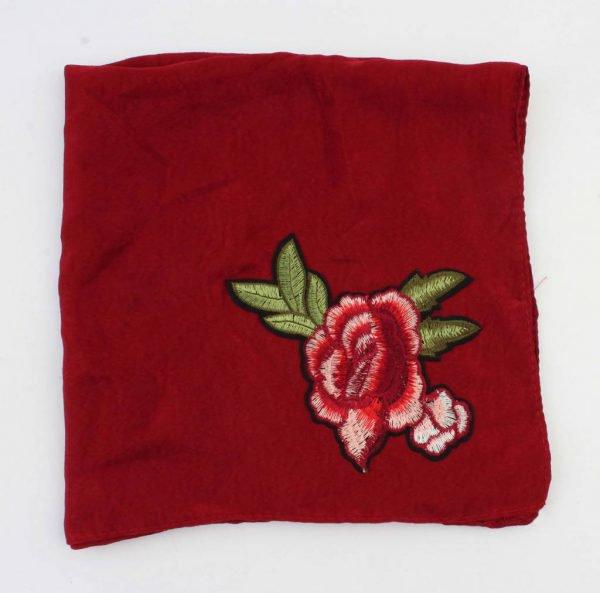 "Sjaal ""Roos"" geborduurd rood -"