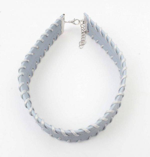 Choker met stiksel pastel blauw (318098)